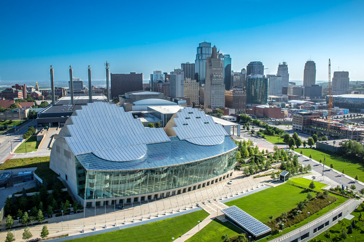 kauffman center and downtown kansas city