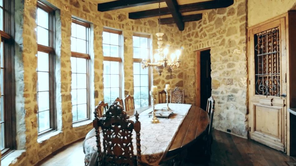stone_kitchen